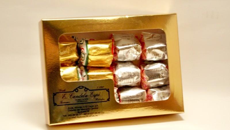 Caja de pasteles de gloria y yema 500 g.