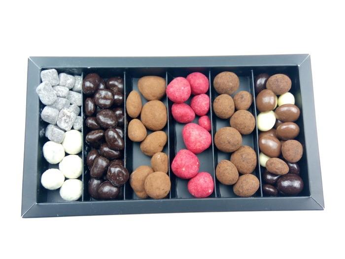 Caja especial grageas de chocolate 400g.
